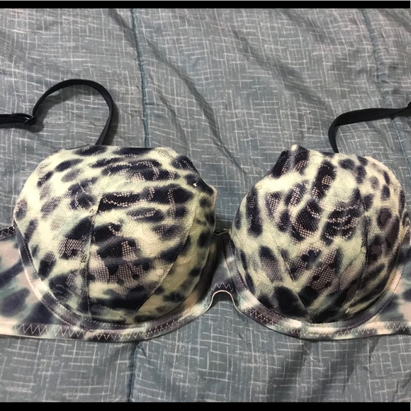 PINK Victoria's Secret Other - VS Pink blue date push up